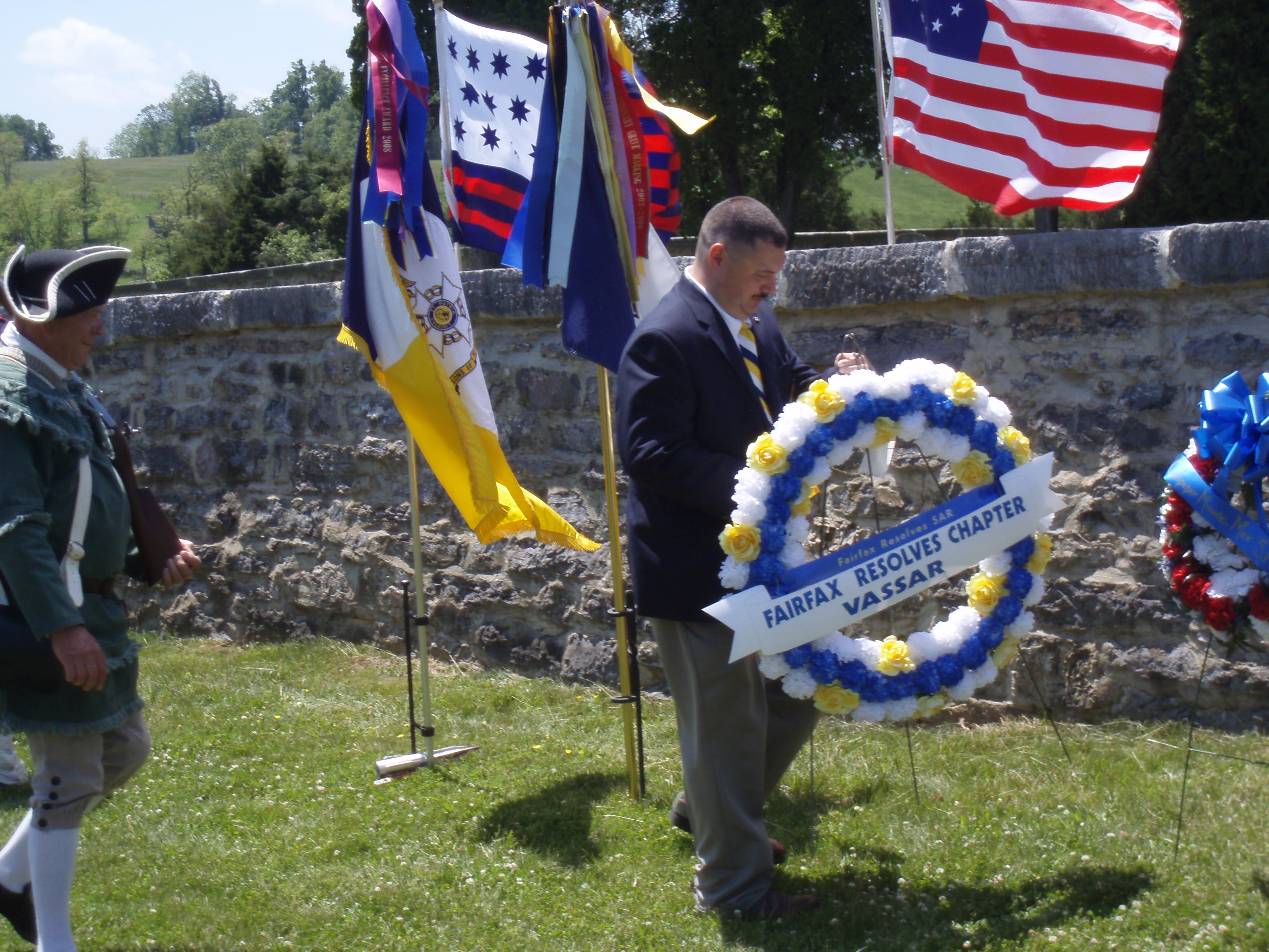 Fairfax Resolves SAR chapter lays wreath